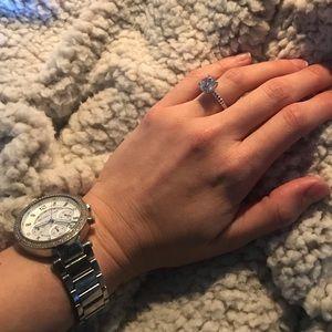 Stunning sterling silver ring